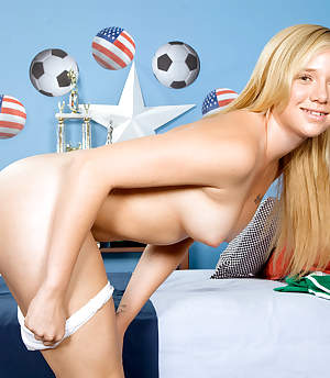 18eighteen - Soccer Slut - Tracey Sweet (40 Photos)